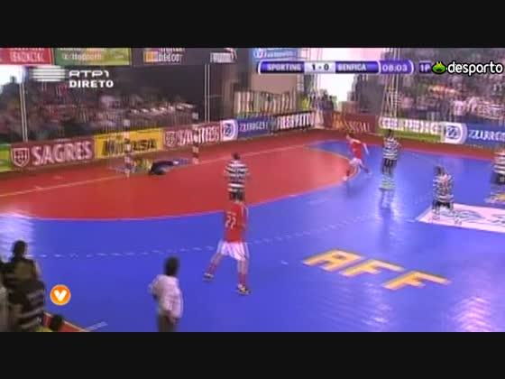Futsal :: Play-off Final - 4 Jogo :: Sporting - 1 x Benfica - 1 (3-4 gp) de 2011/2012